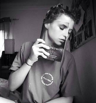 Die 25 besten Bookface Selfies