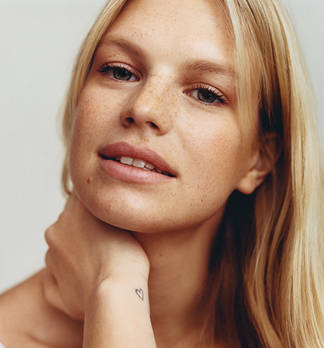 Topmodel Nadine Leopold im flair Beauty-Talk