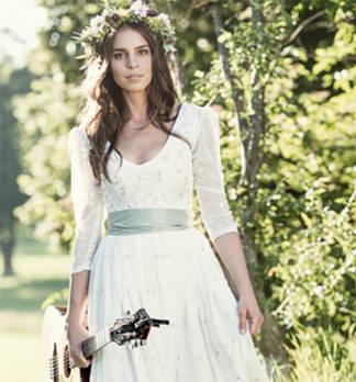 Hochzeits-Dirndl Special - Die schönsten Brautdirndl 2016